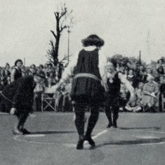 The 25th anniversary re-enactment of a game from 1936    Netball magazine 1952