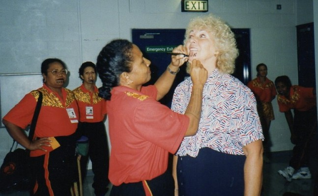 1995 Tina Head, Hostess to Papua New Guinea