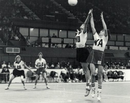 Helen Fradley (WA) contesting a ball in Wembley
