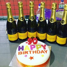 Prosecco and cake at the ready during the countdown in the last hour