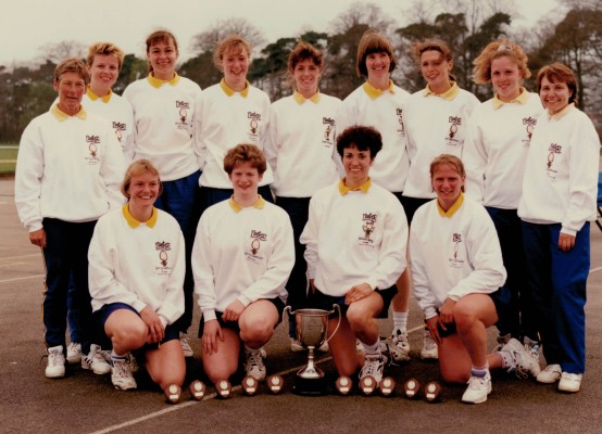 Senior winners Hertfordshire Back Row:  Gill Williams Coach, ???, ???, ???, ???, Gill Bickerstaff, Ann Marie Muller, ???, ??? Front Row:  ???, ???, Kime Lambden, ???