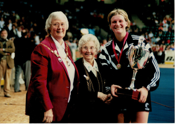 Jean Bourne President and the Lord Mayor of Birmingham presenting the Trophy to winners of the Series New Zealand