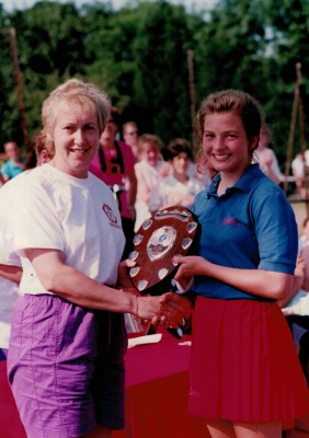 Janet Wrighton presenting the Under 13 Shield to Oldham