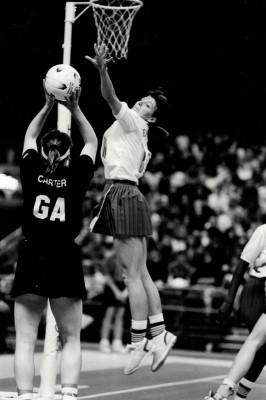 Kendra Lowe (now Slawinski) defending | Eileen Langsley