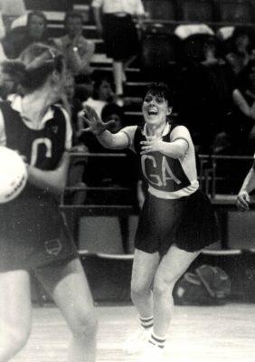 Denise Hunter, Surrey GA wanting the pass