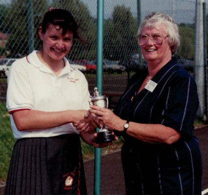 Jean Bourne, AENA Vice President presenting the Senior Winners  Cup to Sheila Edwards, South East Region