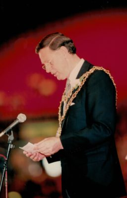 Mayor of Birmingham at the Closing Ceremony | Niels Carruthers