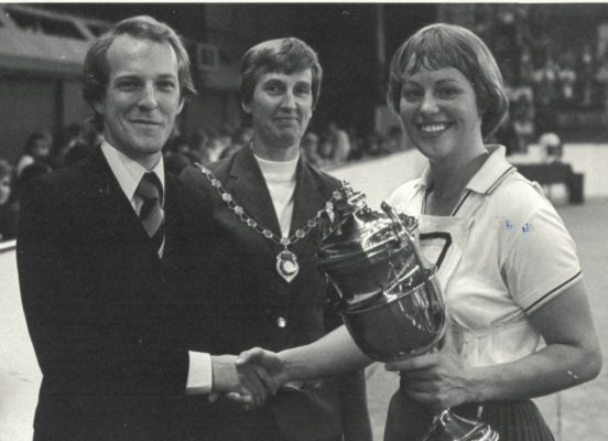 Sarah Marriott, Aquila, receiving the Tournament Winners Trophy from Oliver Johnson and Jean Robinson, President AENA