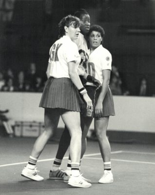 Kendra Slawinski (GK) and Sharon Bent (GD) making it hard for Cricket (GS) to get free to recive the ball   Eileen Langsley