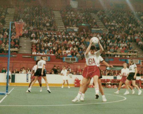 Sheila Edwards (GA) receiving the ball