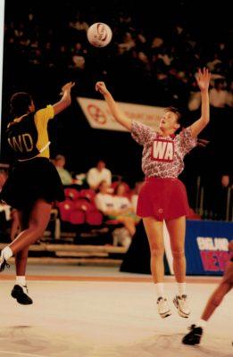 Helen Lonsdale (WA) attempting the interception