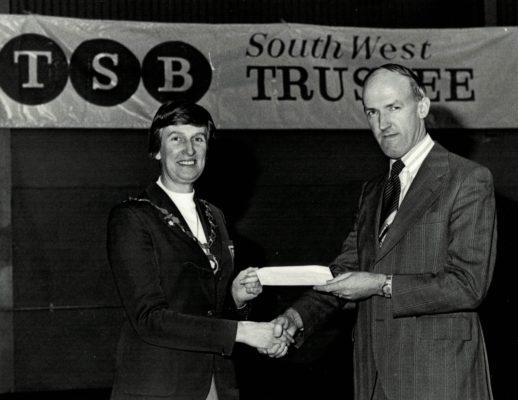 Jean Robinson accepting TSB sponsorship   Brian Worrell