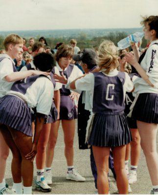 Essex Met coach Les Jones  instructing her team