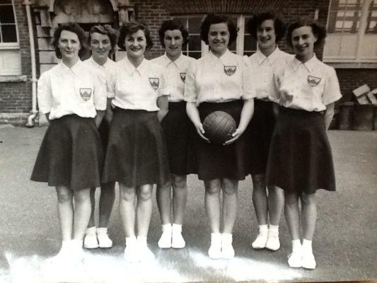 Olive de Lacey, Mary Bushell, Barbara Pitcher, Eva Owen, Phyllis Ridgewell, Sheila Lerwill, Margaret Tarr
