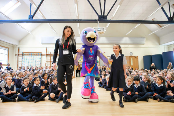 Picture by Allan McKenzie/SWpix.com - 26/03/2019 - Netball - Vitality Netball World Cup Mascot Launch - St Albans High School Prep - Wheathampstead, St Albans, England - Jade Clark with Jude the mascot & Orla Burner. | SWpix.com