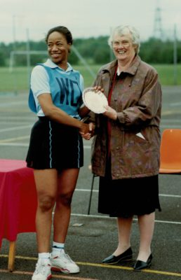 Jean Bourne, AENA Vice President presenting Dorothy Brown with the Somerset Plate.