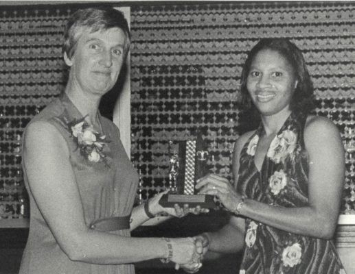 At the Wembley dinner following the England v World Tourament 7, Marva Sealy from Barbados presented Jean Robinson with a new trophy.