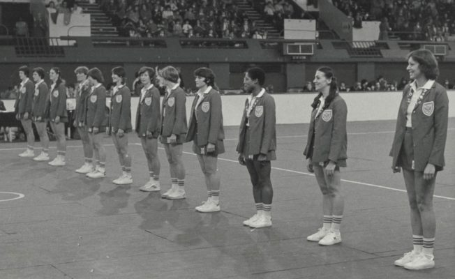 In 1979, England played a World Tournament 7 at Wembley.  Here is the England Line-up left to right:  Chris Maylor, Maddy Dwan, Denise Hunter, Pat Cane, Maggie Ghent, Gil Davis, Jillean Hipsey, Colette Reeder, Sue Keal, Jean Hornsby, Helen Squires, Pat Watson