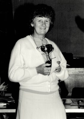 May Whitehouse with the Muriel McNally Award for Services to Grass Roots Netball